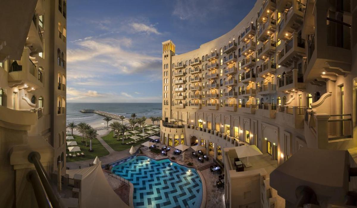 Bahi Ajman Palace Hotel 5*
