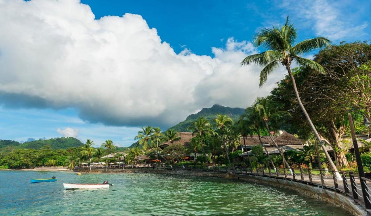 Fishermans Cove Resort 4*